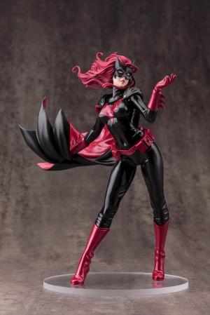 DC021_Batwoman_0083_R