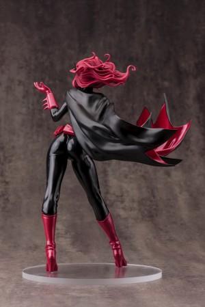 DC021_Batwoman_0095_R