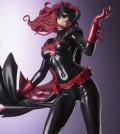 DC021_Batwoman_0127_R