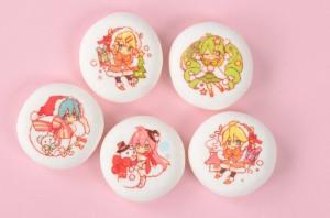 初音ミク ハイクオリティクリスマスお菓子缶2014 (1)